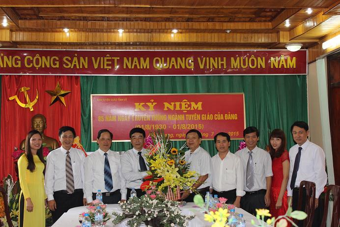 Đồng chí Nguyễn Mạnh Cường chúc mừng Kỷ niệm 85 năm Ngày thành lập ngành